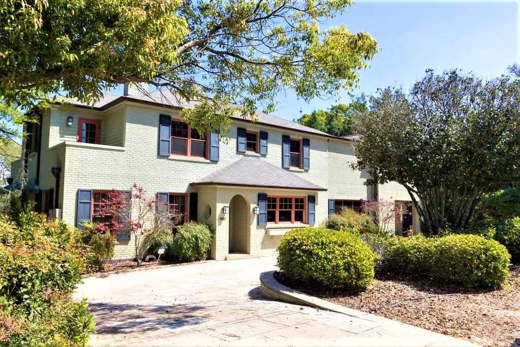 The Property At 1812 Yates Ave Pensacola Fl 32503 Is For Sale