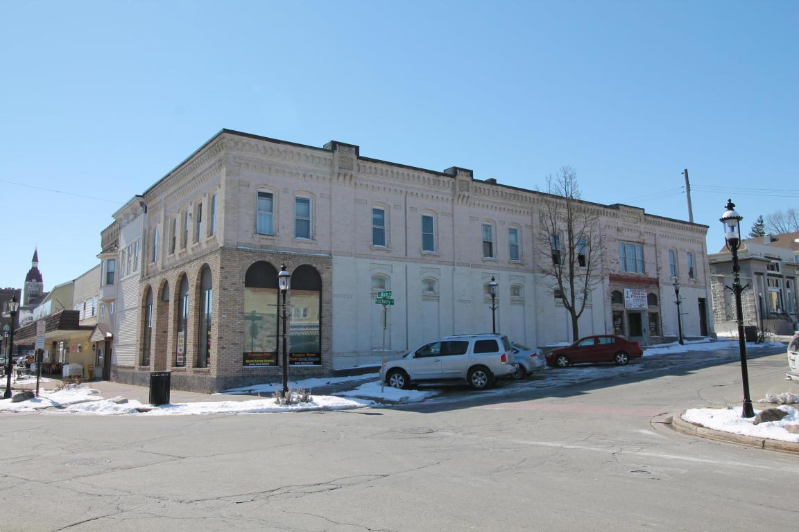 102 South Main St Street, West Bend , 53095
